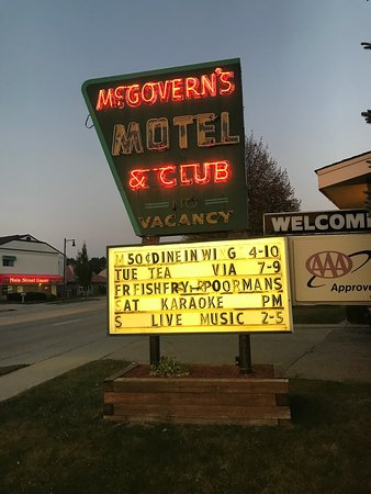 Sun Prairie, WI: McGovern's Motel and Suites