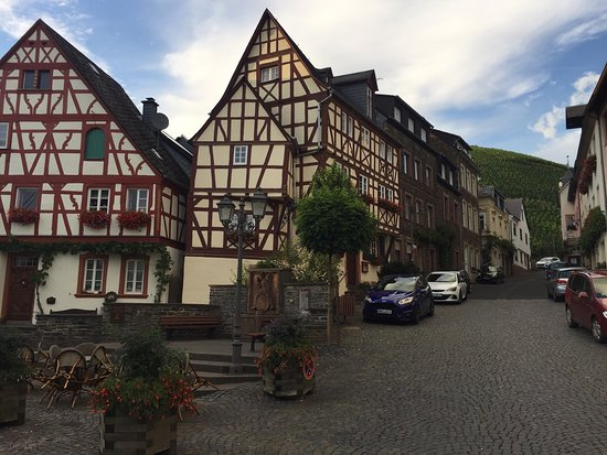 Mosel Valley: photo0.jpg