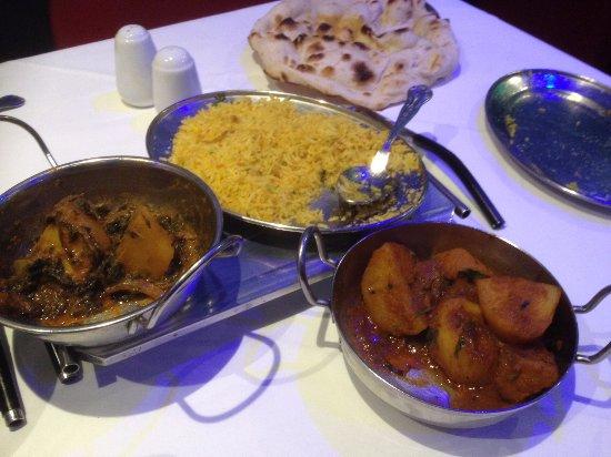 Westbrook, UK: Saag Aloo, Bombay Potato, Coconut rice and garlic nan