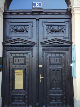Historisches Zentrum von Wien: Love doors