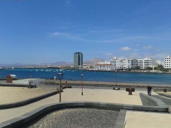 Arrecife Gran Hotel & SPA : View from old fort