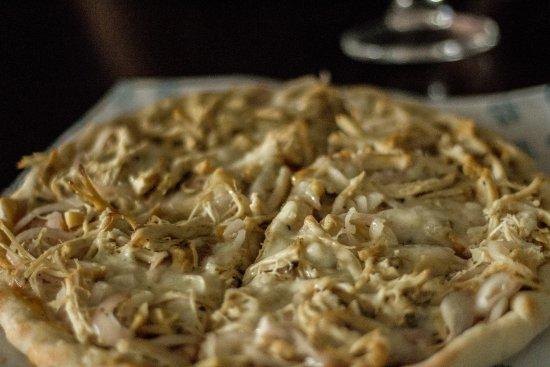 Hulhumale: Chicken & Mushrooms Pizza