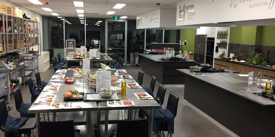 Mount Pleasant, ออสเตรเลีย: Our kitchen ready for a hands on class