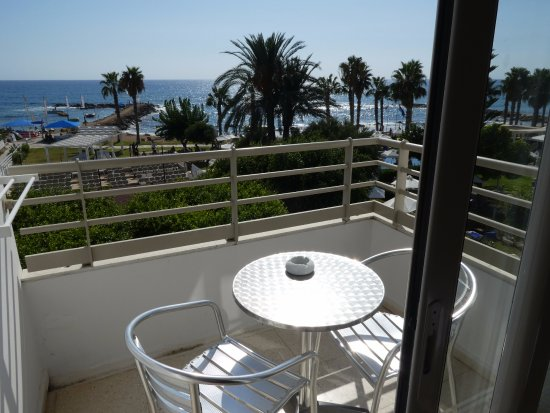 Louis Ledra Beach: What a view to wake up to.