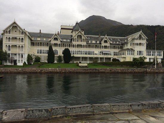 Kviknes Hotel: photo2.jpg