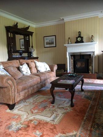 Walkerburn, UK: Living Room