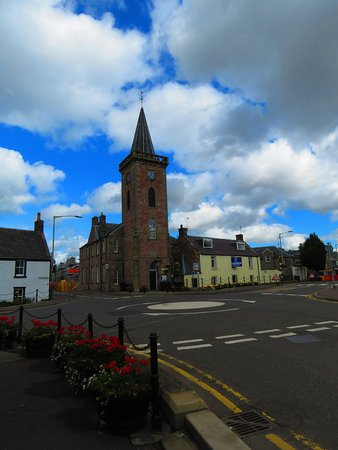 Milnathort, UK: clock tower and town hall