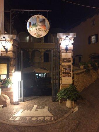Castiglione Falletto, إيطاليا: photo0.jpg