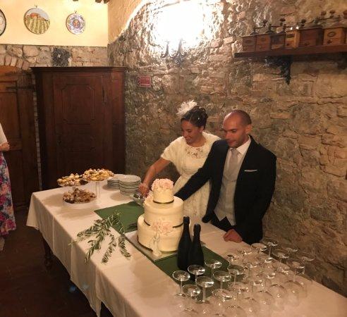 Fattoria San Donato: Il taglio della torta