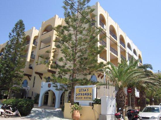 Litsa's Lefkoniko Beach Hotel Photo