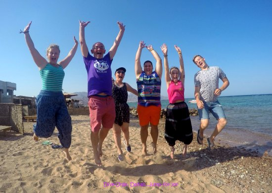 Dive Urge: guests jumping for joy