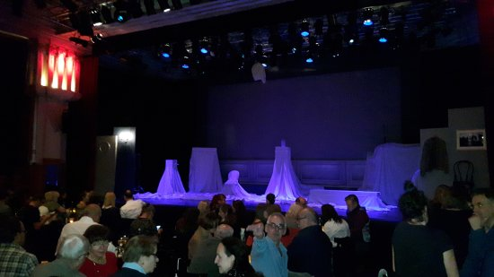Offene Bühne mit Saal- Chamäleon Theater Berlin