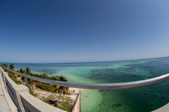 Bahia Honda State Park and Beach: панорамный вид с моста