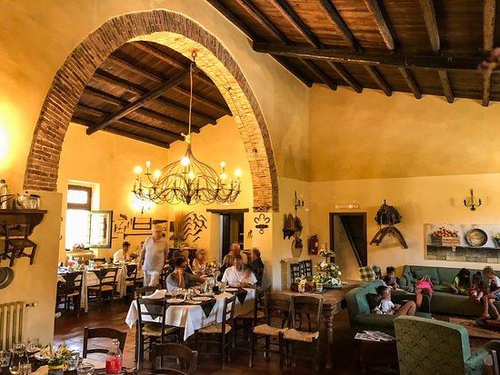Sclafani Bagni, Italy: Una delle sale da pranzo