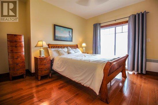 Stanley Bridge, Kanada: Bumblebee House: Queen Bedroom