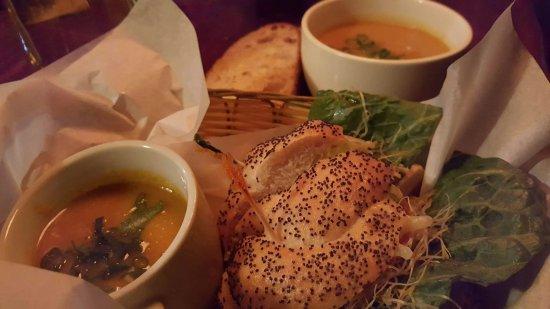 Yellow Deli: Ordered food...Yummy!