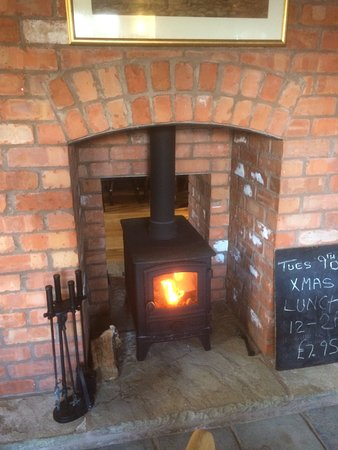 Fownhope, UK: Log burner in action