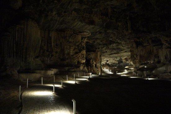 Oudtshoorn, South Africa: Eerste grot