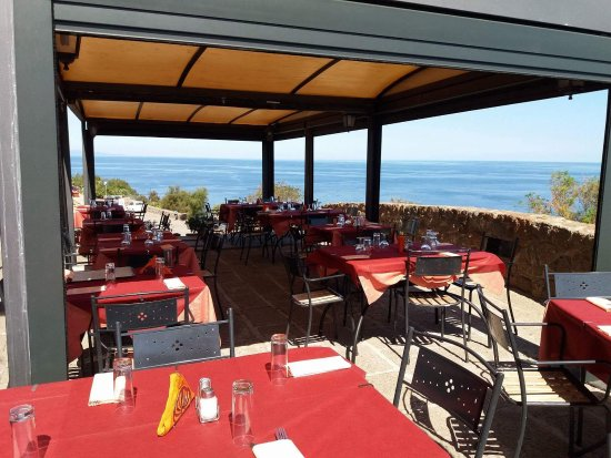 Aragona castelsardo restaurant avis num ro de - Piscine lu fangazzu sassari ...