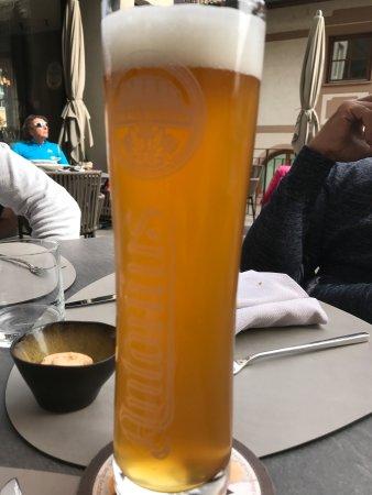 Termeno, Italia: Ottima birra del posto