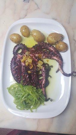 Restaurante Pizzaria Cister: Polvo à Lagareiro