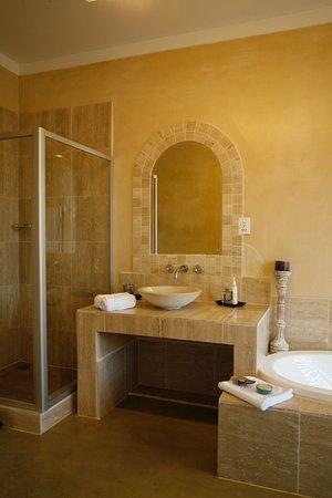 Pringle Bay, Republika Południowej Afryki: Ophelia bathroom