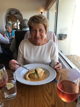 Beaucette Marina Restaurant & Bar: photo2.jpg