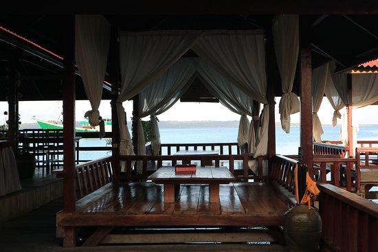 Hotel Wisata Beach