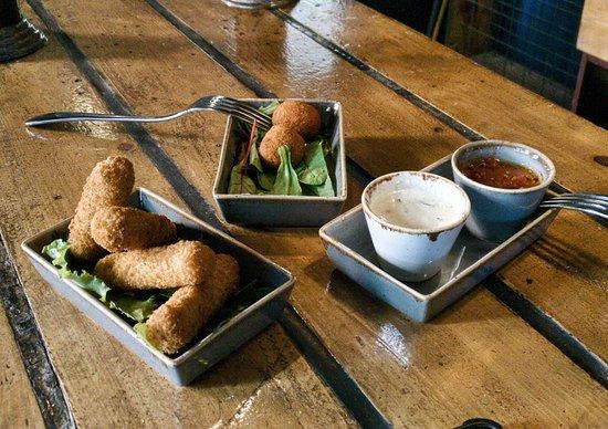 Glyfada, Grecia: Bocado - Wine Bar Restaurant