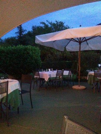 Lanzo Torinese, อิตาลี: Esterno locale