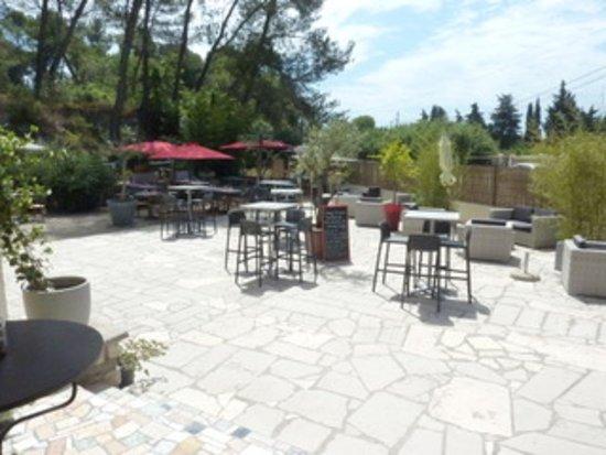 Noves, France: bar a vin