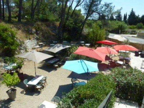 Noves, Γαλλία: terrasse