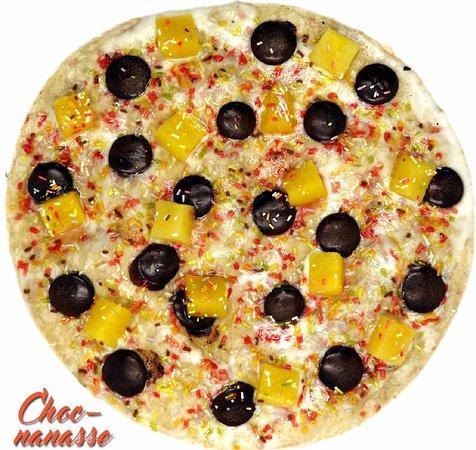 Ligne, France: Choc-Nanasse (Pizza sucrée)