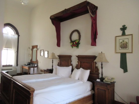 Hotel Pension Anna: This room is in the back of a remodeled church that is adjacent to the main building.