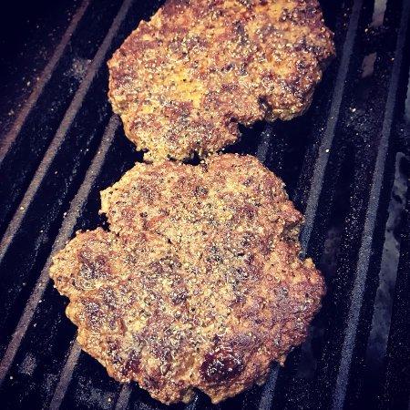 "Scottsboro, AL: Did someone say ""double cheeseburger""?"