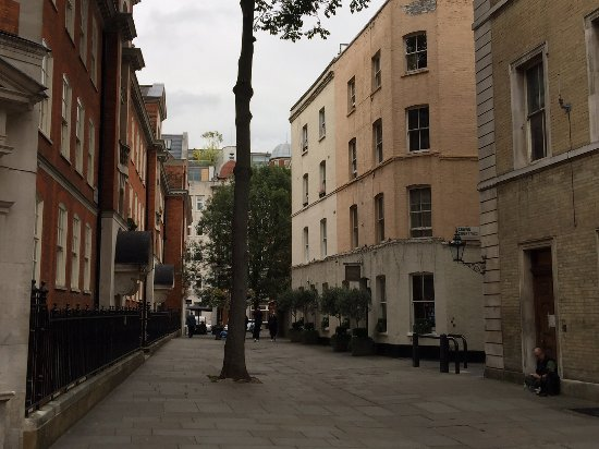 The Fielding Hotel: Broad Court, between Dury Lane and Bow Street