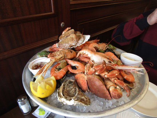 """Le Nicol's: This photo does not do the platter justice. The food was layered on and the platter at least 18"""""""