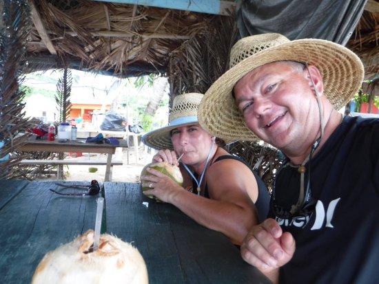 Mayreau: Yum...fresh coconut water