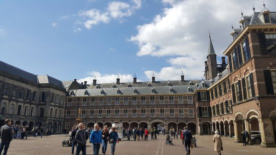 ‪‪Binnenhof & Ridderzaal (Inner Court & Hall of the Knights)‬: The Parliament‬