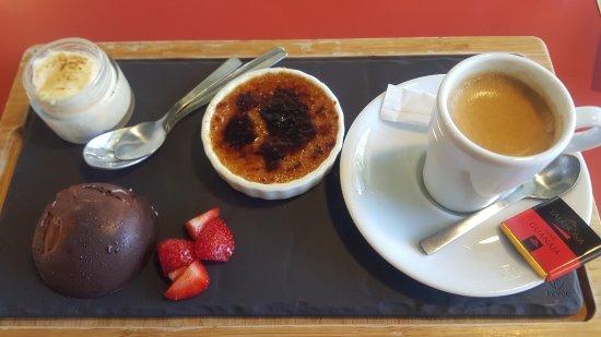 Saulce-sur-Rhone, France : Café Gourmand