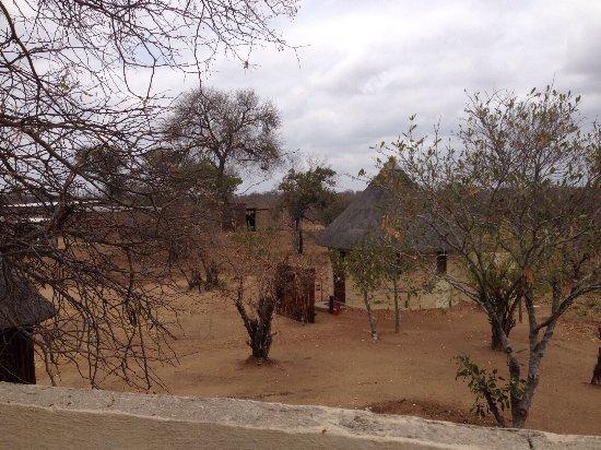 Klaserie Private Game Reserve, Sydafrika: Outdoor shower, en twee huisjes