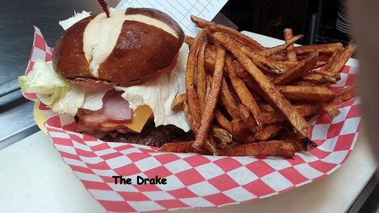 Butler, OH: Drake and fries