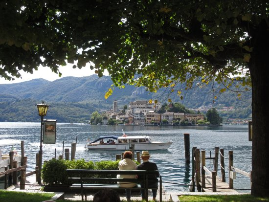 Invorio, Italy: Orta island from the village