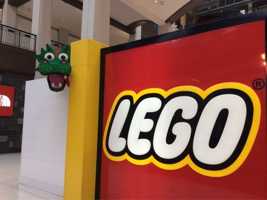 Lego Imagination Center: photo0.jpg