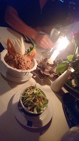 Baan Rim Pa Patong: Papaya salad