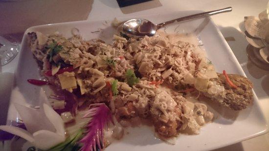Baan Rim Pa Patong: fish