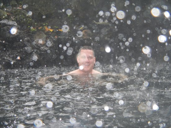 Keaau, HI: pouring rain in a secret natural hot spring