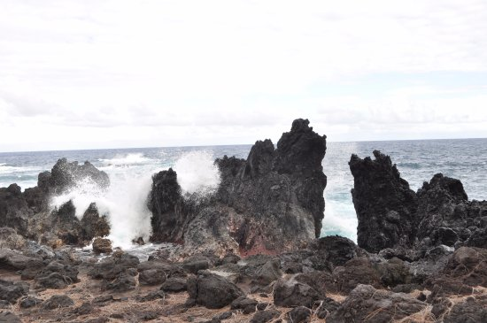 Native Guide Hawaii: The north coast ... remote and beautiful
