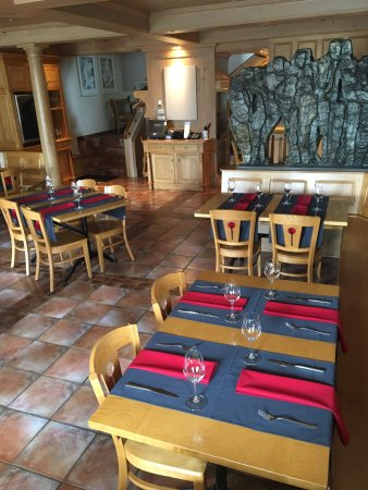 Grand Pre, Canadá: The dining room at Le Caveau