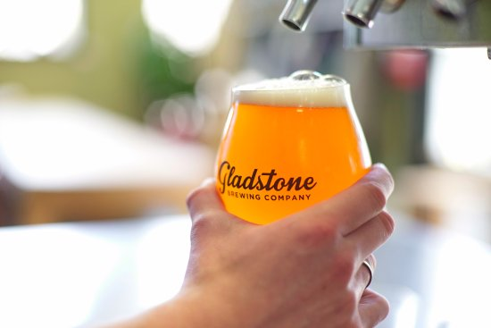 Courtenay, Canada: Beer on tap in our tasting room is as fresh as it gets!